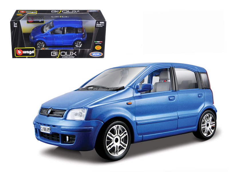 Fiat Nuova Panda Blue 1/24 Diecast Model Car Bburago 22053