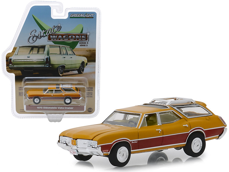 1970 Oldsmobile Vista Cruiser Wood Grain Paneling Roof Rack Nugget Gold Estate Wagons Series 3 1/64 Diecast Model Car Greenlight 29950 C