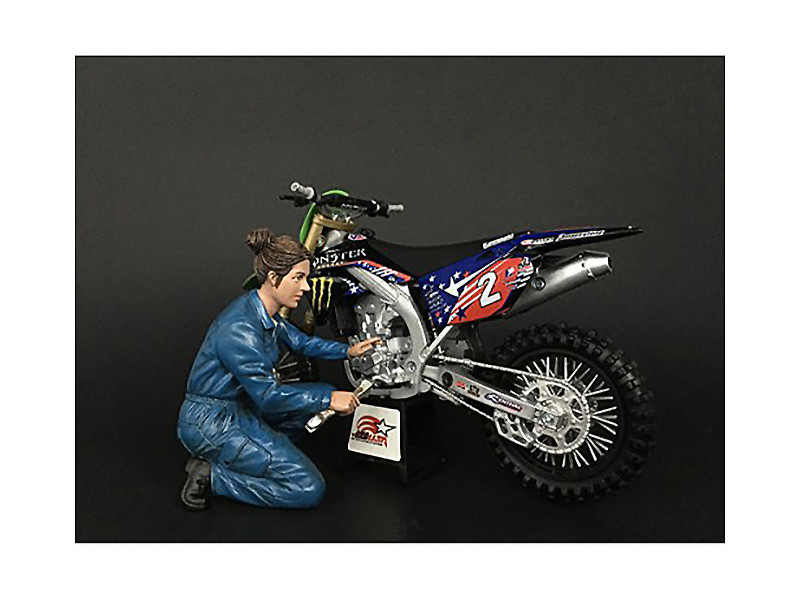 Mechanic Chole Figurine for 1/12 Scale Motorcycle Models American Diorama 38372