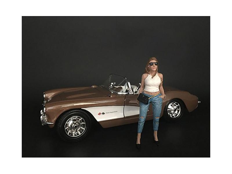 Ladies Night Sara Figurine for 1/18 Scale Models American Diorama 38189