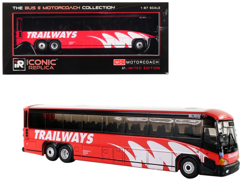 MCI D4505 Motorcoach Burlington Trailways Chicago Illinois The Bus Motorcoach Collection 1/87 Diecast Model Iconic Replicas 87-0150