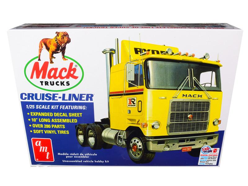 Skill 3 Model Kit Mack Cruise Liner Truck 1/25 Scale Model AMT AMT1062