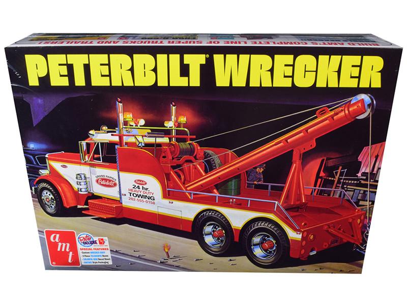 Skill 3 Model Kit Peterbilt Wrecker Tow Truck 1/25 Scale Model AMT AMT1133