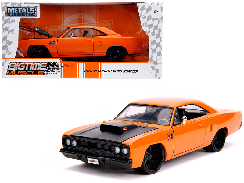 1970 Plymouth Road Runner Orange Black Hood Bigtime Muscle 1/24 Diecast Model Car Jada 31325