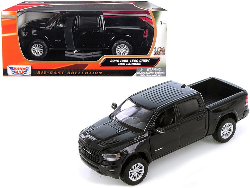 2019 Ram 1500 Crew Cab Laramie Pickup Truck Black 1/24 Diecast Model Car Motormax 79357