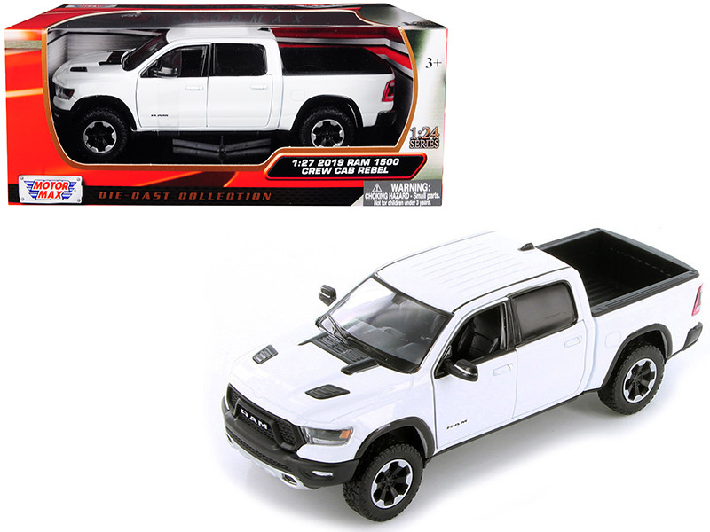 2019 Ram 1500 Crew Cab Rebel Pickup Truck White 1/24 Diecast Model Car Motormax 79358