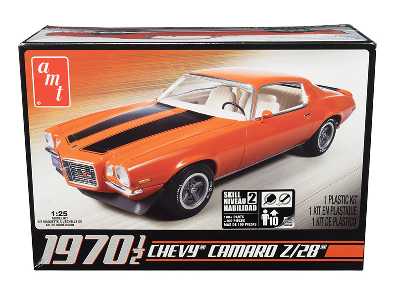 Skill 2 Model Kit 1970 1/2 Chevrolet Camaro Z/28 1/25 Scale Model AMT AMT635 L