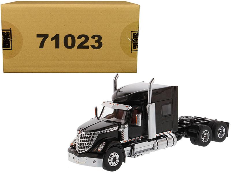 International LoneStar Sleeper Cab Truck Tractor Black 1/50 Diecast Model Diecast Masters 71023