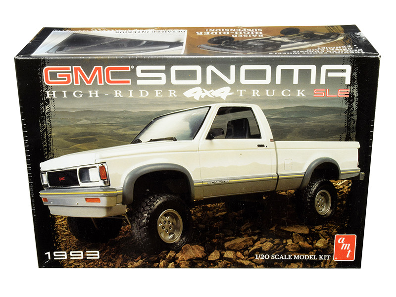 Skill 2 Model Kit 1993 GMC Sonoma SLE 4x4 High-Rider Pickup Truck 1/20 Scale Model AMT AMT1057