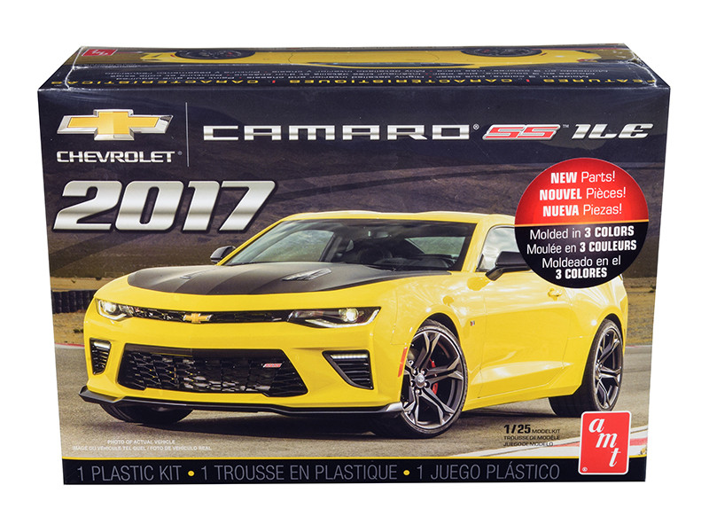 Skill 2 Model Kit 2017 Chevrolet Camaro SS 1LE 1/25 Scale Model AMT AMT1074 M