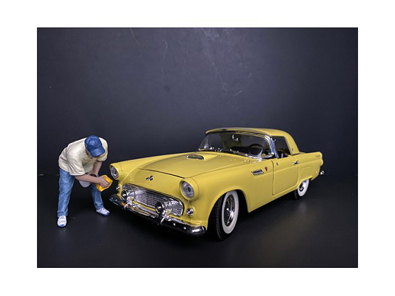 Weekend Car Show Figurine VI for 1/18 Scale Models American Diorama 38214