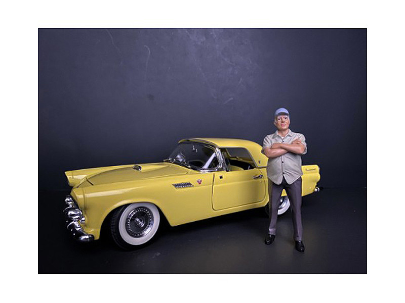 Weekend Car Show Figurine II for 1/24 Scale Models American Diorama 38310