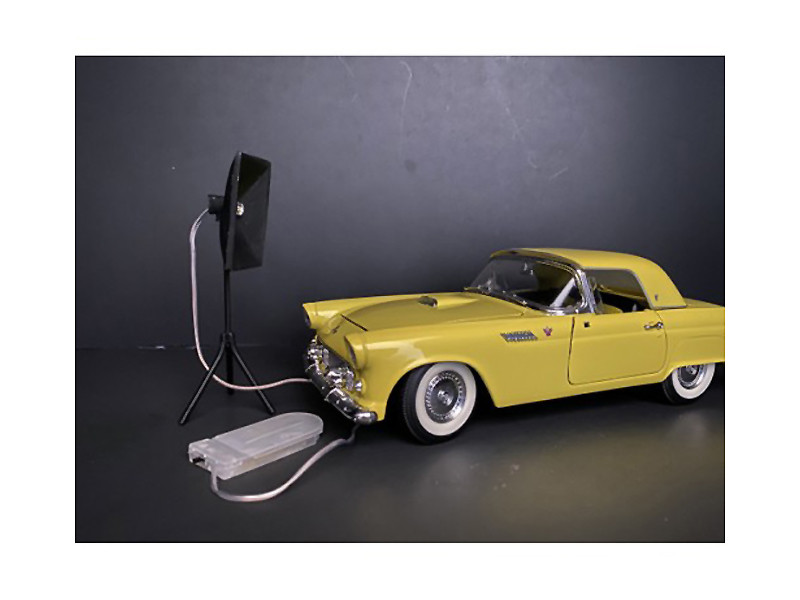 Photographer Lighting Kit Set of 2 Lights for 1/24 Scale Models American Diorama 38439