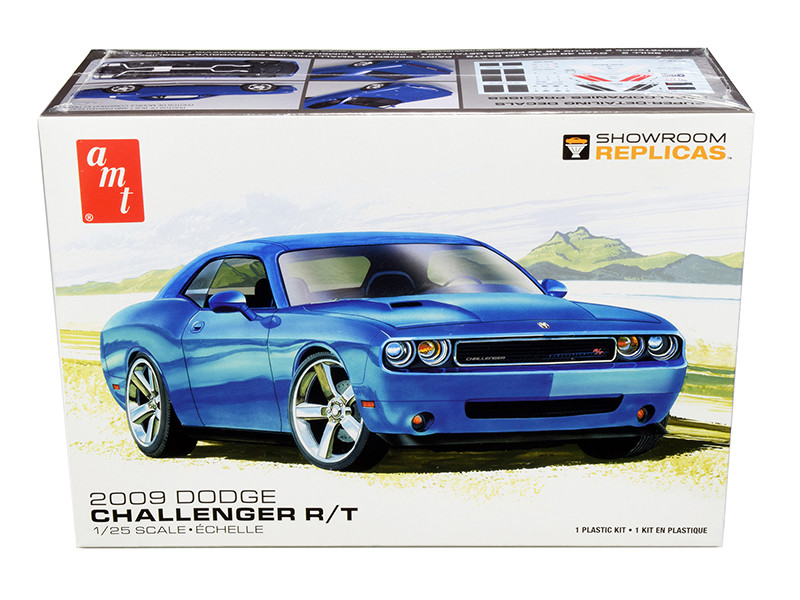 Skill 2 Model Kit 2009 Dodge Challenger R/T 1/25 Scale Model AMT AMT1117 M