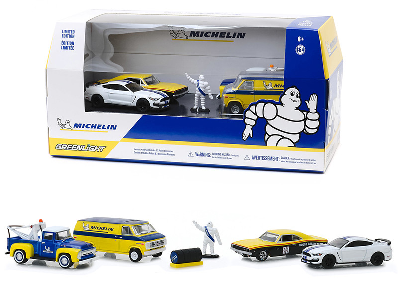 Michelin Service Center 6 piece Diorama Set 4 Cars Figurine Tire Set 1/64 Diecast Model Cars Greenlight 58049