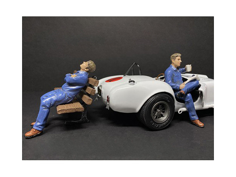 Sitting Mechanics 2 piece Figurine Set for 1/18 Scale Models American Diorama 38232 38233