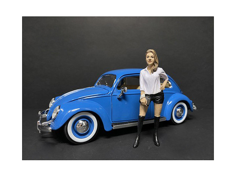 Partygoers Figurine VII for 1/24 Scale Models American Diorama 38327