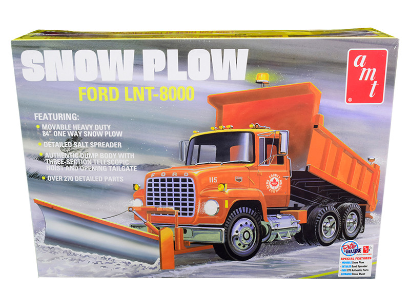 Skill 3 Model Kit Ford LNT-8000 Snow Plow Truck 1/25 Scale Model AMT AMT1178