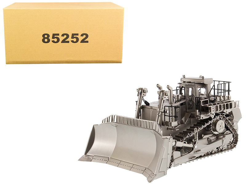 CAT Caterpillar D11T Track Type Tractor Dozer Matte Silver Plated Commemorative Series 1/50 Diecast Model Diecast Masters 85252