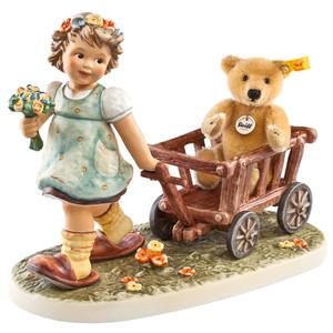 Tag Along Teddy (HUM 2333)