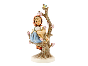 Apple Tree Girl (HUM 141/V)