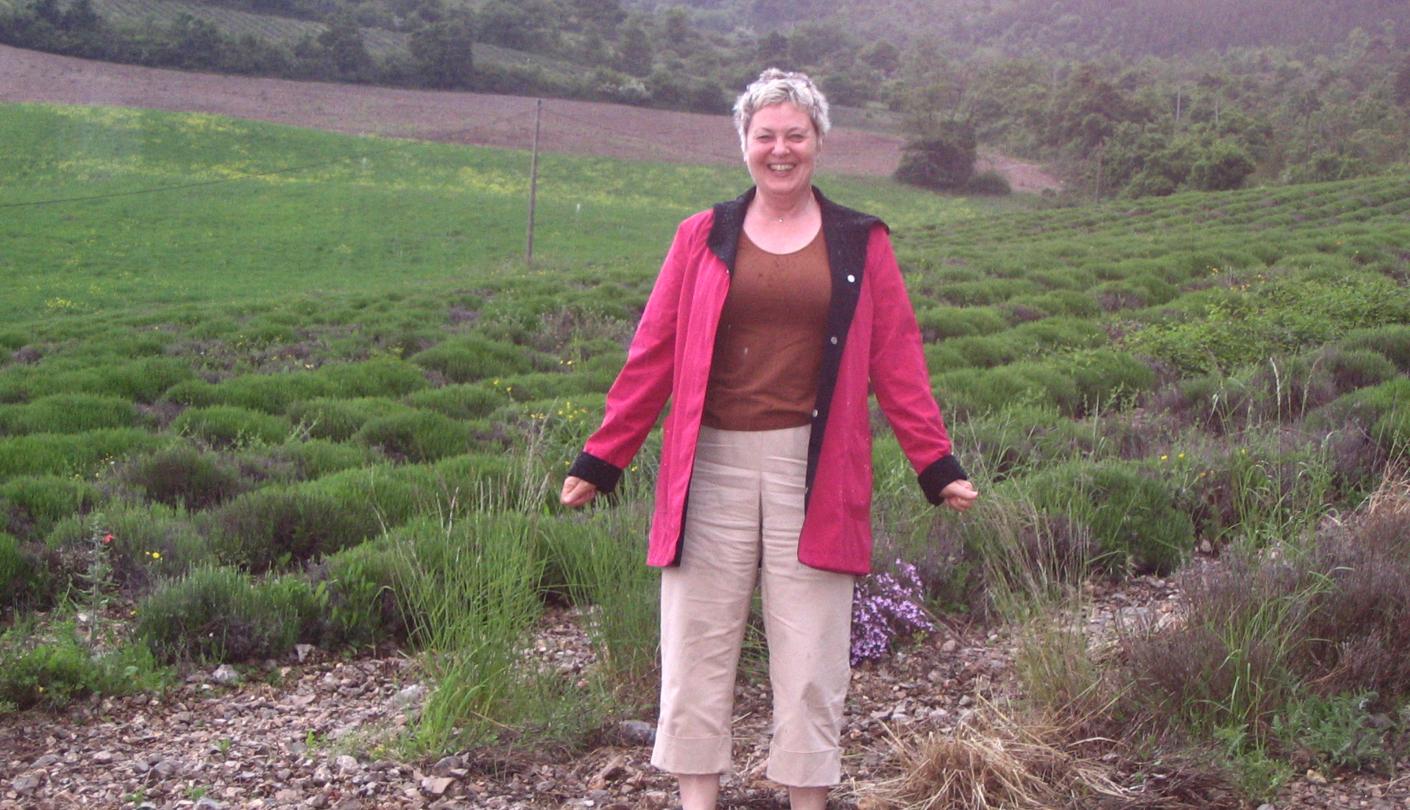 rae-lavender-field.png