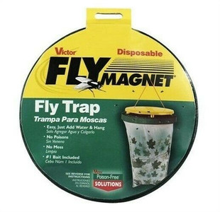 Victor M530 Disposable Fly Magnet Bag Trap