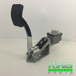 """SINGLE BRAKE/ CLUTCH MASTER CYLINDER SHORT RECTANGULAR 3/4"""" BORE WITH EASY FILL LID"""