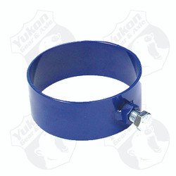 Clamshell retension sleeve puller tool. No return.