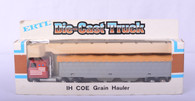 1/64 International COE Grain Hauler