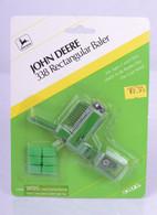 1/64 John Deere 338 Rectangular Baler