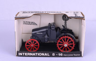 1/16 International 8/16 Kerosene Tractor