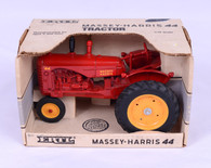 1/16 Massey Harris 44