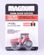 1/64 Case International 7130 Farm Show Edition