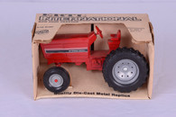 1/16 International Row Crop Tractor