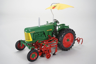 1/16 Oliver 88 With Cultivators and Umbrella (Wide Front)