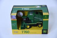 1/64 John Deere 7760 Cotton Picker
