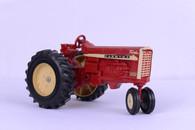 1/16 Farmall 1206 tractor