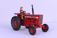 1/16 International 826 FoxFire Farm