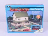 1/64 Farm Country Farm House