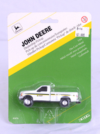 1/64 John Deere  Dealership truck