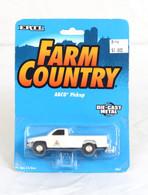 1/64 Agco Dodge truck