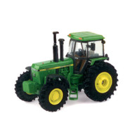 1/64 John Deere 4450 Authentics #6