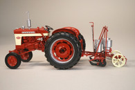 1/16 Farmall 340 wide front with 251 planter