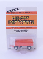 1/64 Allis Chalmers Barge Wagon