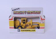 1/64 Caterpillar Motor Grader