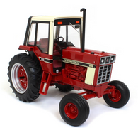 1/16 International 886 National Farm Toy Show