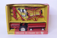 1/16 International 544 Farm Set