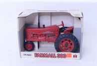 1/16 Farmall 300