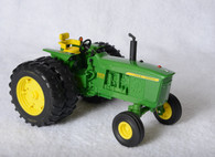 1/16 Big Farm John Deere 4020 with duals
